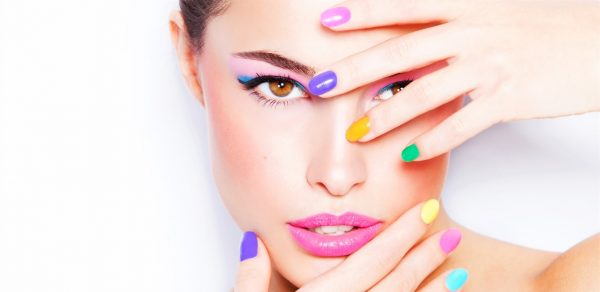 Frauen-Ratgeber: wo kaufen Sie künstliche Wimpern?